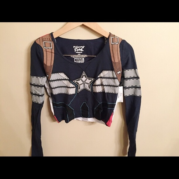 0983e52fe7721d NWT Captain America Crop Top