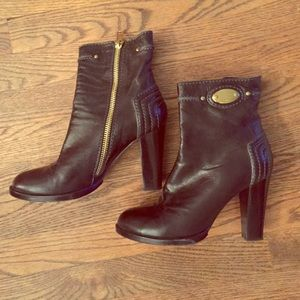 Chloe Boots - Chloe black leather gold zipper boots