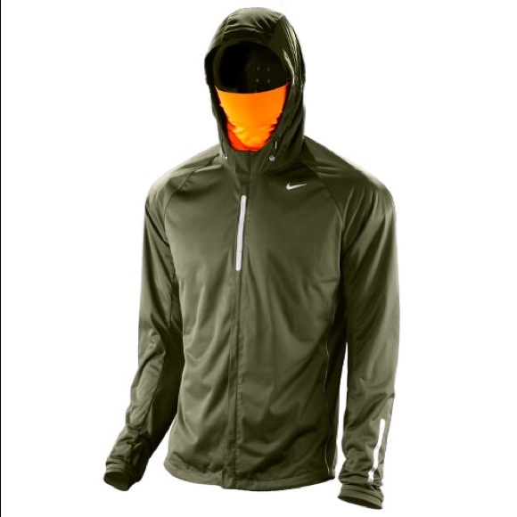 42dee4e5da07 Men s Nike Element Shield Max running jacket. M 56807a8ff0137d349c03e297