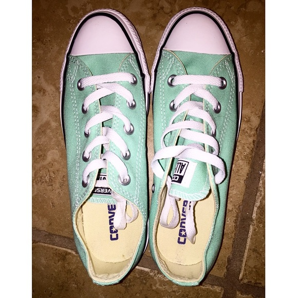 2781f1a375dd Chuck Taylor All Star