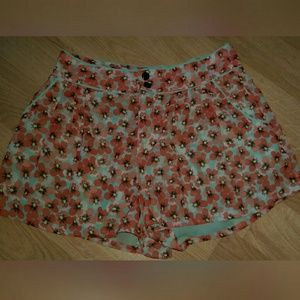 H & M divided floral high waist shorts