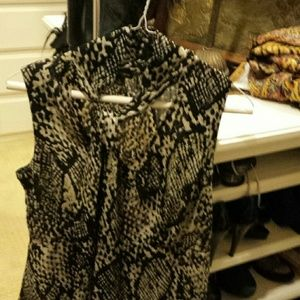 Beautiful Ann Taylor snake print blouse