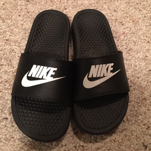 Kids Nike slides size 6 youth or women size 8