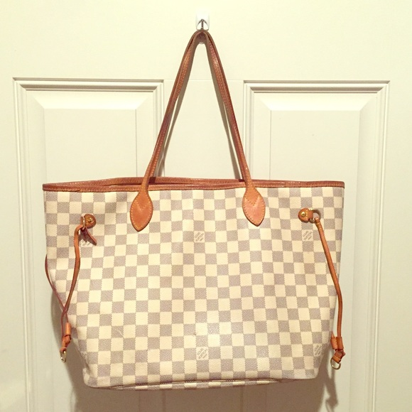 cfdaad2ea91 Louis Vuitton Handbags - Louis Vuitton Neverfull mm Damier Azur bag