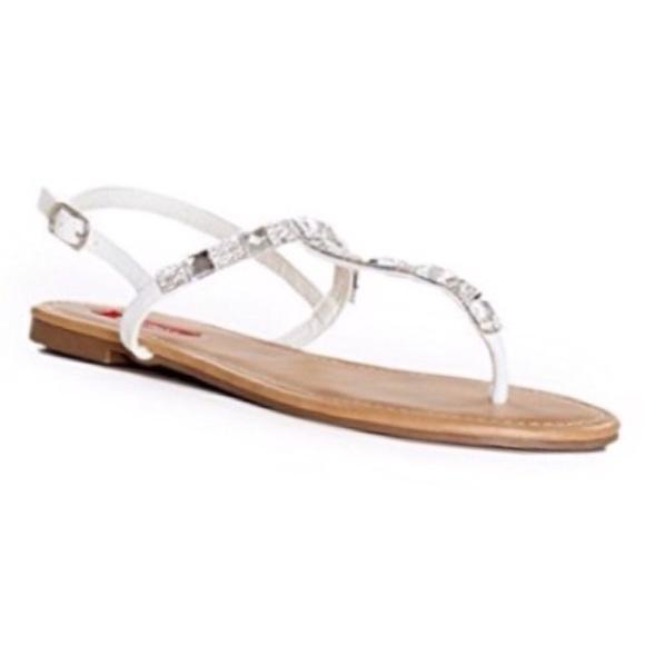 71696b3c97752 White Sparkly T- strap Sandals. M 57b866f97fab3aa36200192e