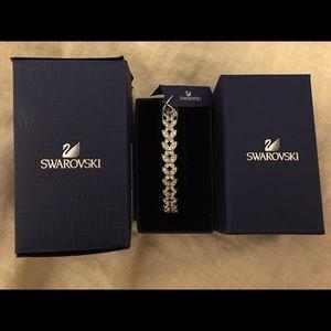 86c0e570c Swarovski Jewelry - SALE** • Swarovski NIGHTINGALE PATTERN Bracelet •