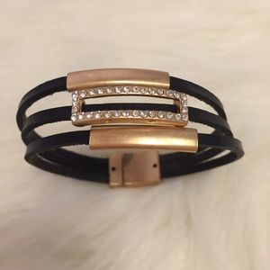 Jewelry - Wrap bracelet with magnetic closure