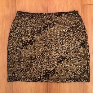 Forever 21 Black and gold mini skirt