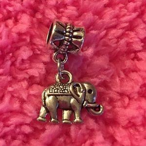 Jewelry - 🦄5 for $35🦄 Elephant Charm