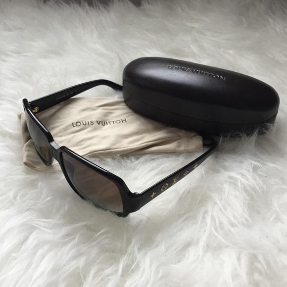 a38326a730a Louis Vuitton Accessories - Louis Vuitton