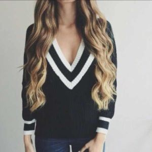 Sweaters - V- neck sweater