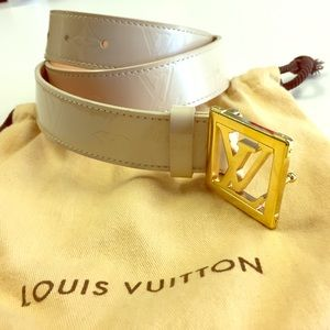 Louis Vuitton Accessories - LOUIS VUITTON BELT AUTHENTIC