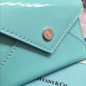 Tiffany co accessories tiffany co card holder poshmark accessories tiffany co card holder colourmoves