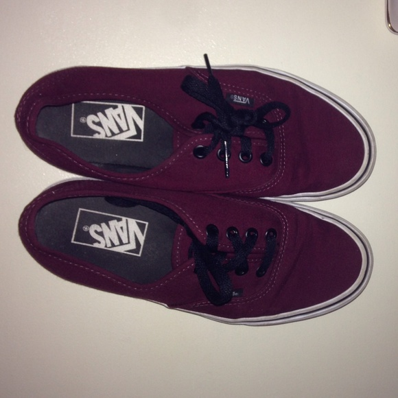vans shoes maroon
