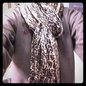 Purple leopard print scarf/wrap