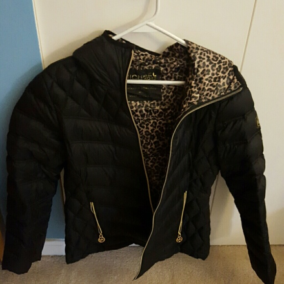 72 off michael kors jackets blazers michael kors winter jacket from lindsay 39 s closet on. Black Bedroom Furniture Sets. Home Design Ideas