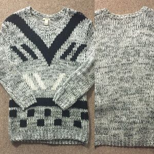 Knitted Gray F21 Sweater | S