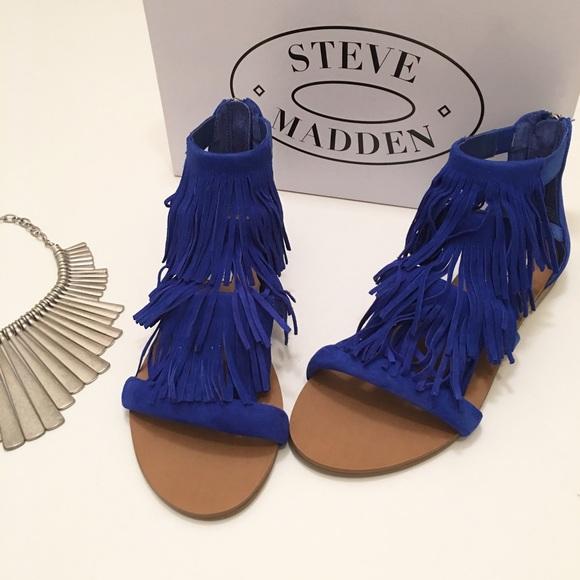 06af814f140 NWT Steve Madden Blue Suede Fringe Sandals! NWT