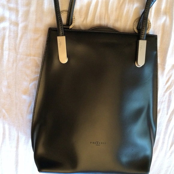 fc5a143797 Frederic T Handbags - Frederic T black leather backpack