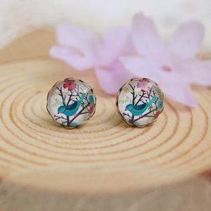 Jewelry - Beautiful birdie floral earrings