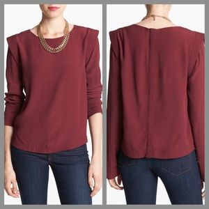Astr Tops - 🎉HP!!! 🎉 NWT XS Wine Bold Shoulder Blouse