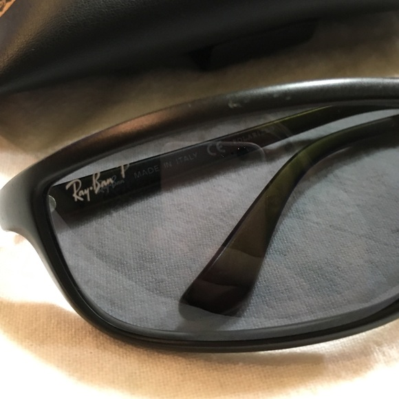 mens polarised sunglasses cxjg  Ray-Ban Accessories