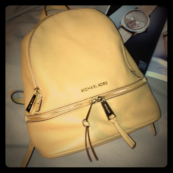 20d4f8cdcd05 Michael Kors Bags | Michael Rhea Sml Zip Backpack Peanut | Poshmark