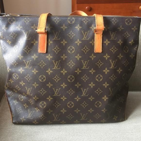 32ab9d278bdb Louis Vuitton Handbags - Louis Vuitton cabas mezzo