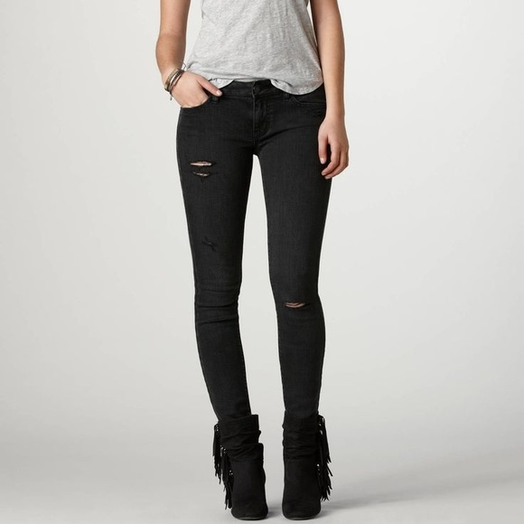 4348b5183d3 American Eagle Outfitters Denim - AE Black Distressed Jeggings