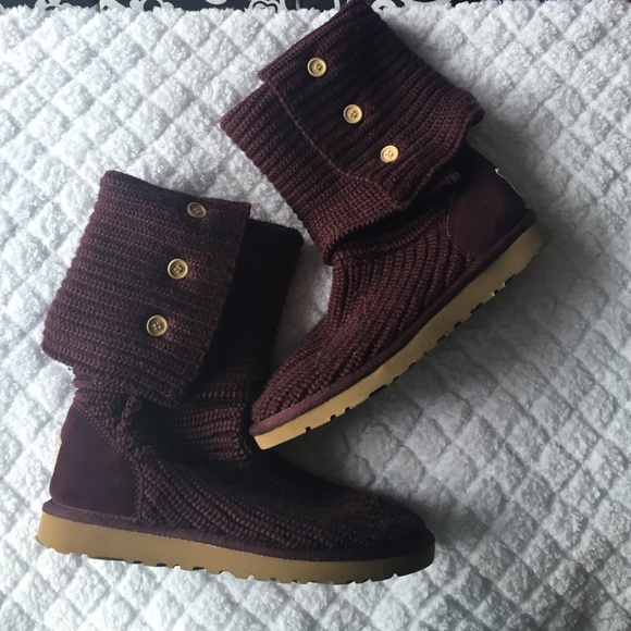 purple ugg boots size 8