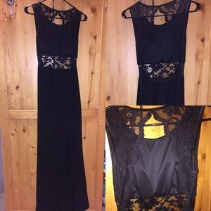 Dresses & Skirts - Black Prom/Formal Backless Lace dress