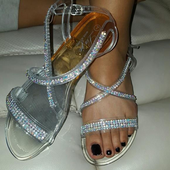 c6b00214886b Jelly Clear Rhinestones Sandals. M 56a6a69151e9ea639e06491e