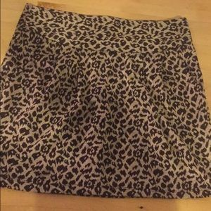 Leopard print pleated mini skirt