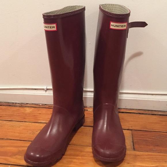 Tall Glossy Maroon Hunter Rain Boots- Sz 7
