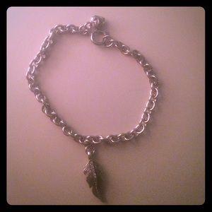 Juicy Couture Feather Charm Bracelet