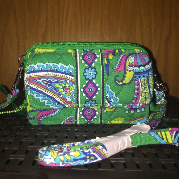 f67c5b7b5 Vera Bradley Bags | New Green Paisley Pattern Wallet | Poshmark