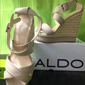 ALDO DEAVILA Beige Sandals Wedges Sz 40 (US 9 -10)