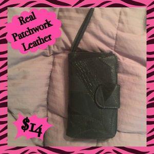 ✨HUGE SALE✨ Black Leather Wristlet/ Wallet