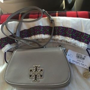 Authentic Tory Burch - bridge in taupe