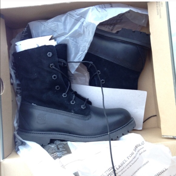 cheap for discount 87f2b 597cd New black teddy fleece timberland boots. M 568421b487dea0ac08037091