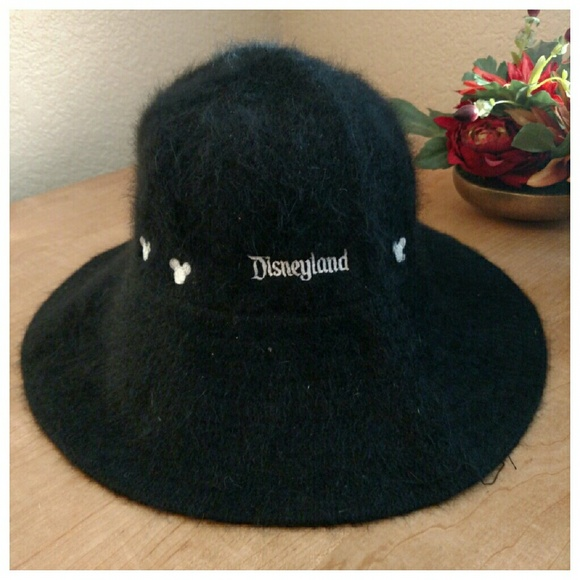 cf3bb69b631 Disneyland fur wool bucket hat mickey mouse black.  M 568421ba680278681e036fa5. Other Accessories you may like. Limited Edition  Disney ...