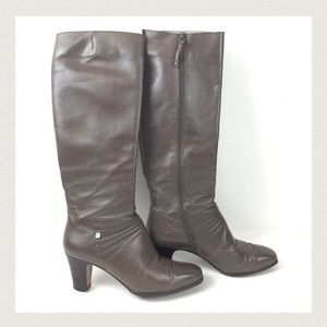 🆕 Listing Dark Taupe Boots