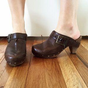Sanita wooden clogs