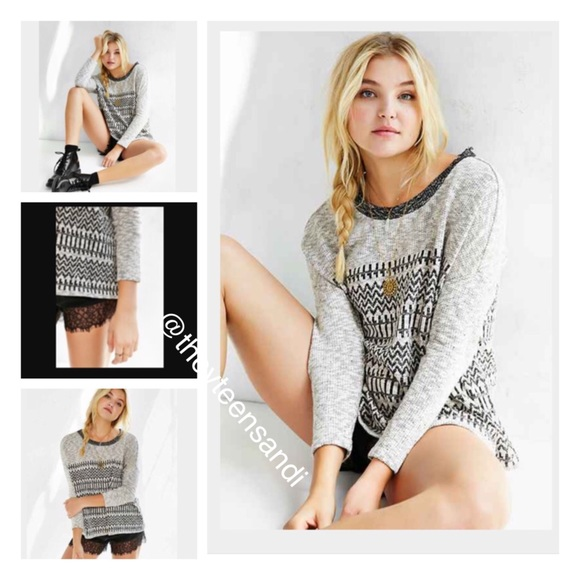 Urban Outfitters Sweaters - Urban Outfitters Ecote Cozy Lilly Pullover Sweater