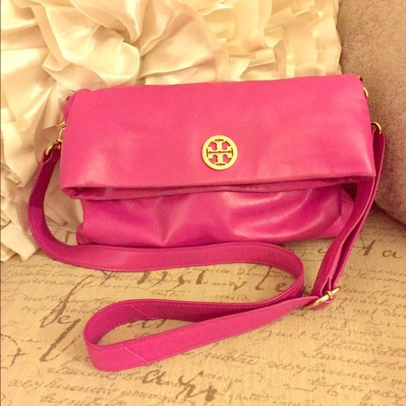 6edec3824ca Hot Pink Tory Burch Crossbody. M_56846eff6e3ec2ccdb03bdd1