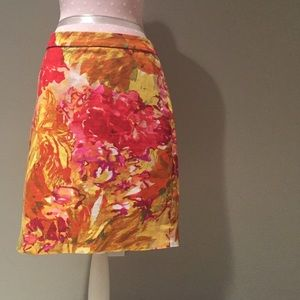 J Crew stretch floral skirt size 4