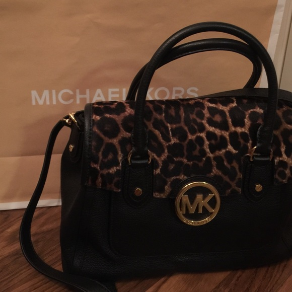 4b3dad28579d Michael Kors Bags   Today Only Sale Nwt Leopard Print   Poshmark