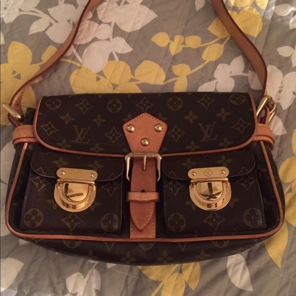 a42f160d51 Louis Vuitton Bags | Monogram Canvas Hudson Pm | Poshmark