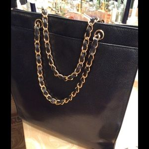 e400a46df33db4 CHANEL Bags | Caviar Tote Black Vintage April Sale | Poshmark