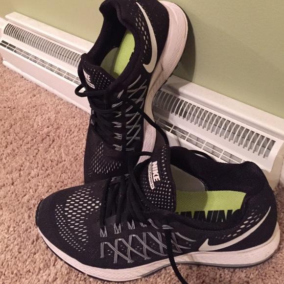 super popular 48e8f 5d083 Nike zoom Pegasus 32 women s sneakers. M 56848e8a6a5830b52000aaac